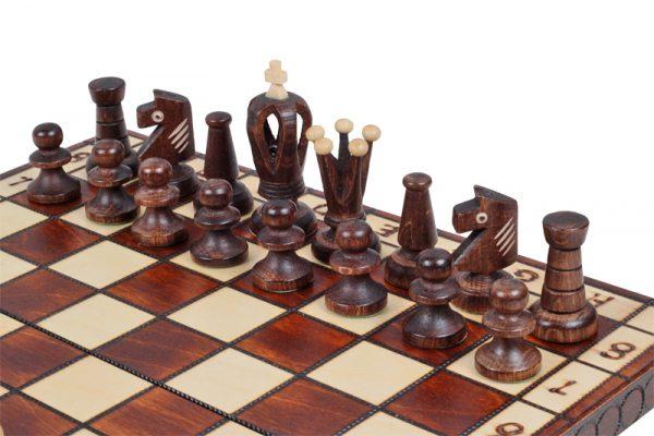 royal wooden chess set