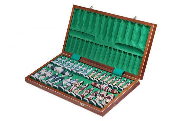 folding spartacus chess set