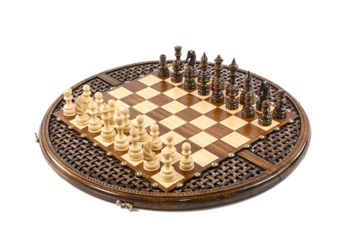 "23.5"" Ornamental Weave Chess Set"